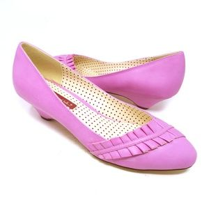 Modcloth pink ruffle heels, BAIT, pumps, size 10